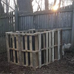 wood pallet composter